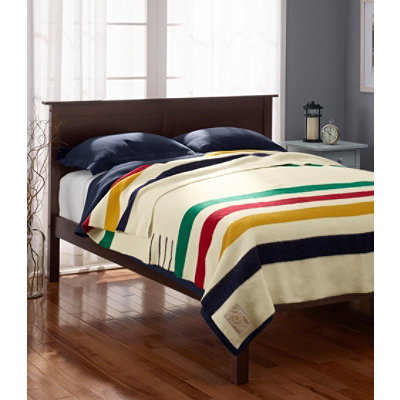 Hudson's Bay Point� Blanket