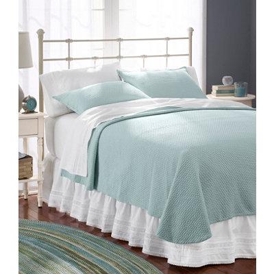 Honeycomb Matelass� Bedspread