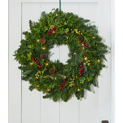Woodland Berry Wreath, Lighted