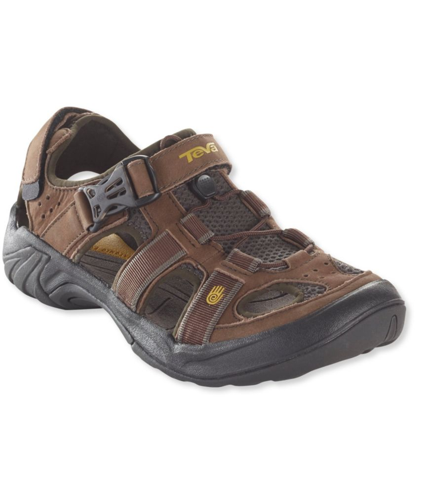 photo: Teva Men's Omnium Leather